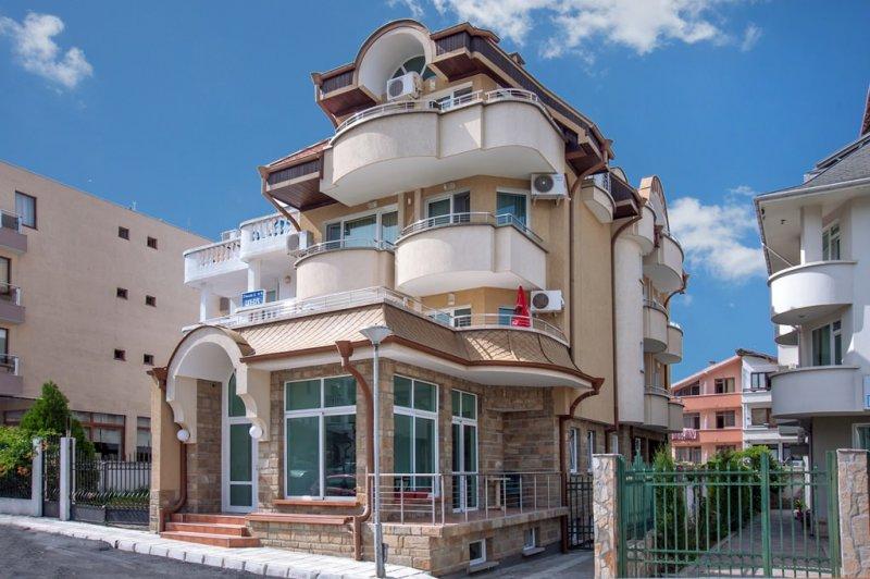 Къща за гости Жени и Жоро